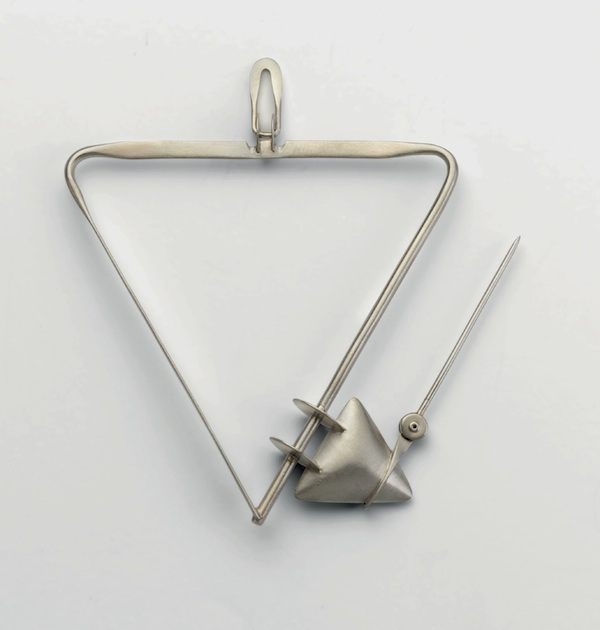 Brooch of silver by Deganit Stern Schocken, 1981 (open)