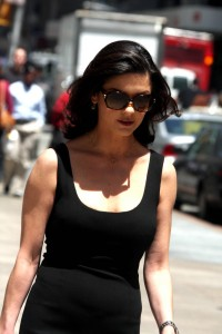 Catherine Zeta Jones on the set of The Rebound wearing Amelia Rose (LupRocks.com)