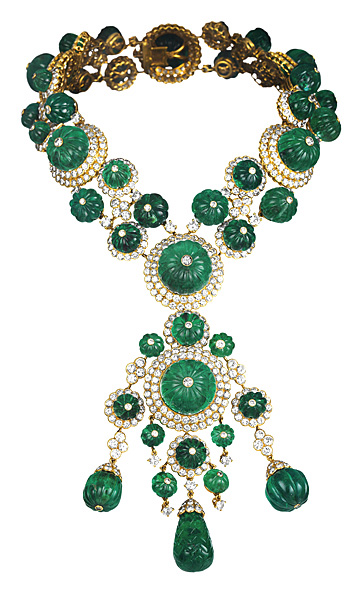 Van Cleef-Indian necklace transformable into two bracelets and a pendant - 1971 - Van Cleef
