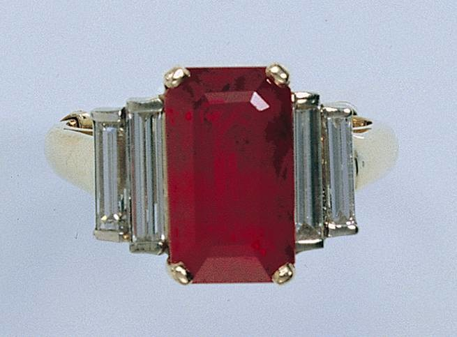 Beware That Ruby May Be A Glass Composite The Jewelry