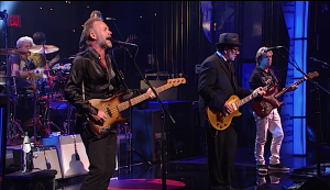 The Police performing Walking on the Moon with Elvis Costello at the Apollo in 2008