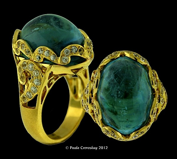 Ring of aquamarine in and white zircon in 18kt gold by Paula Crevoshay (www.crevoshay.com)