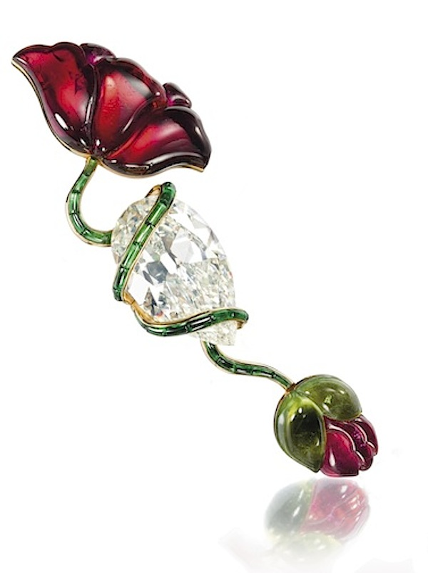 Poppy brooch of diamond, tourmalines, and gold by JAR, 1982 (private collection/photo courtesy Christie's Images)