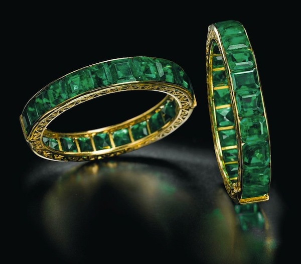 Antique Indian emerald bangles from the collection of the Queen of Spain