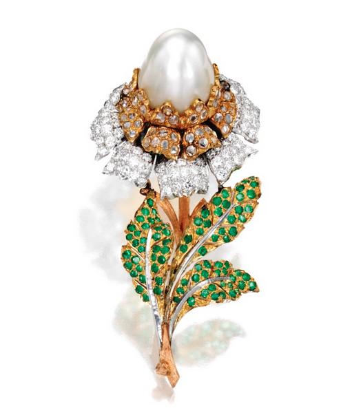 Buccellati pearl flower brooch