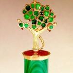 Grant Robinson Push-Puppet Tree