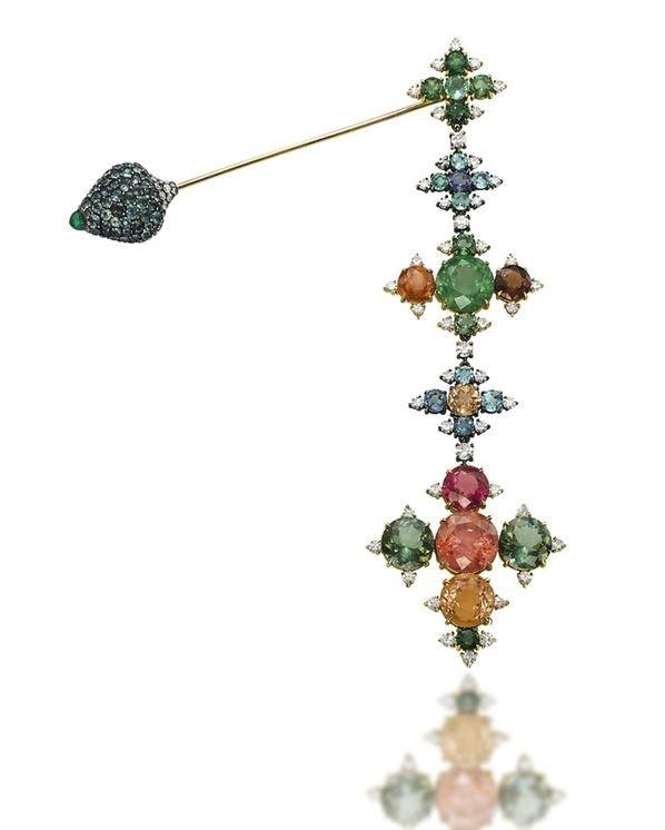 Fibula brooch by JAR, 1993 | Christie's Images LTD