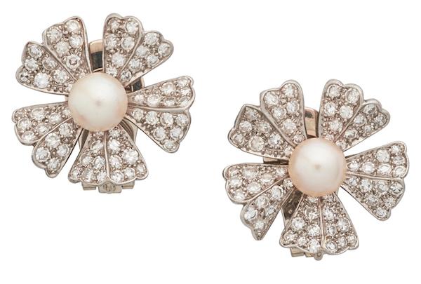Marianne Ostier pearl ear clips