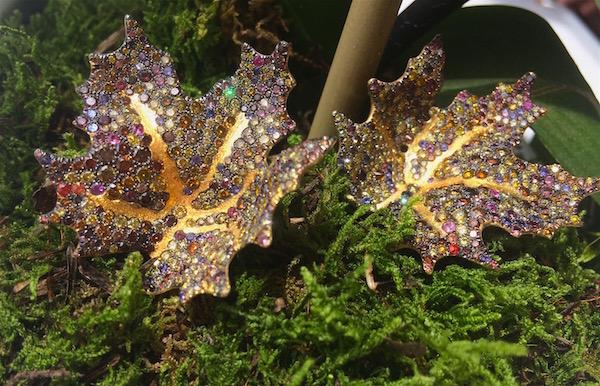 Naomi Sarna maple leaf earrings in green