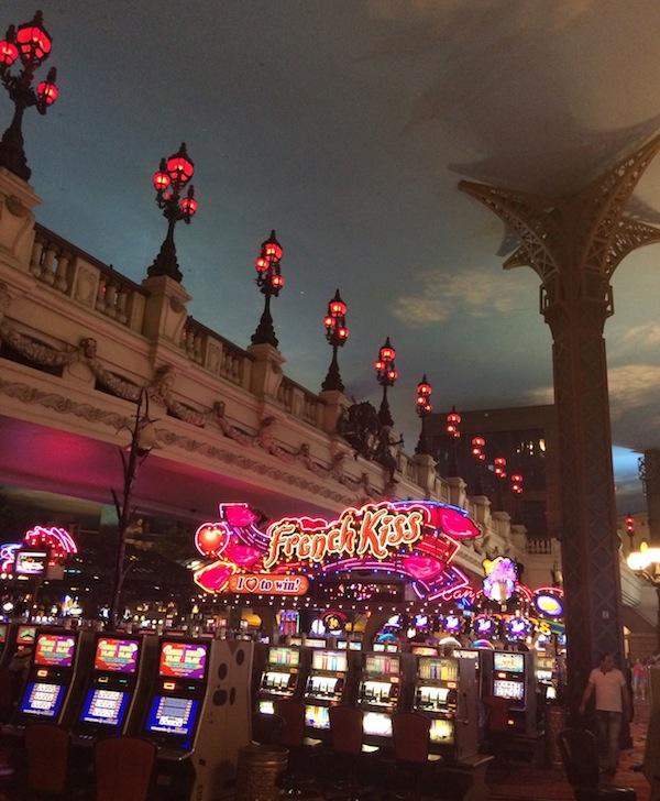 Paris Hotel, Las Vegas (photo Cathleen McCarthy) | The Jewelry Loupe
