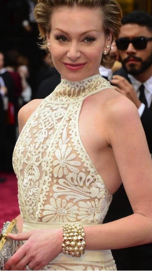 Portia de Rossi Oscar pearls