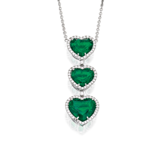 Pendant of heart-shaped emeralds