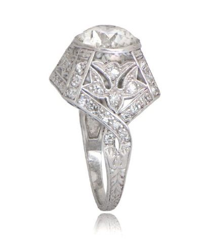 1930 Art Deco diamond ring (side view)