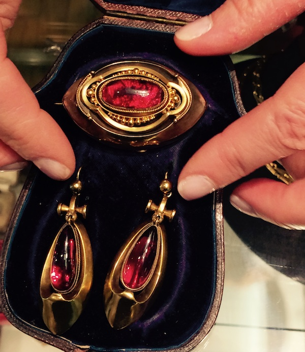 Victorian garnet brooch & earrings | photo Cathleen McCarthy | The Jewelry Loupe