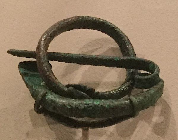 Bronze fibula, 8th century BC, Iran or Turkey