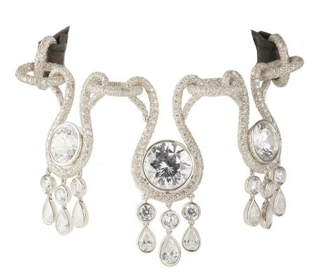 Amour $3.2mil diamond dog collar
